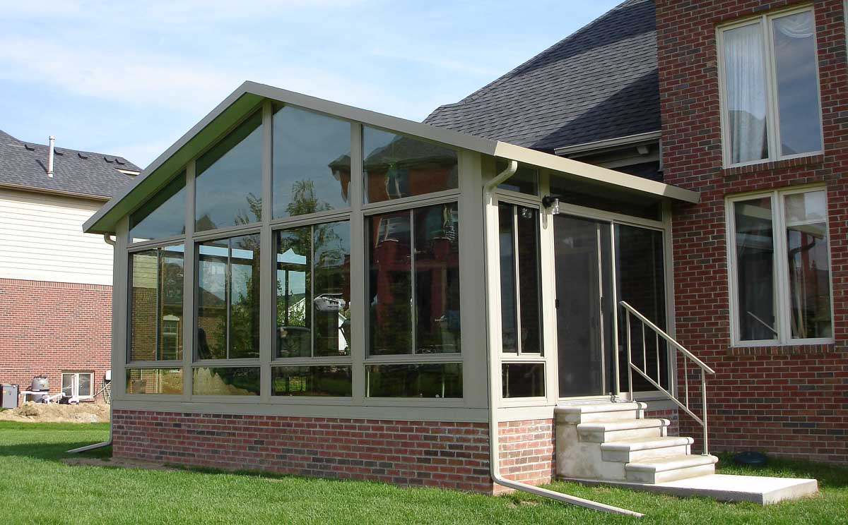 Custom three and four season sunrooms in new york and new for Porch sunroom